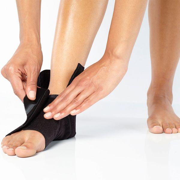 Adjustable ankle brace