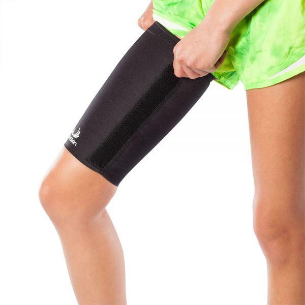 Compression sleeve for quad pain